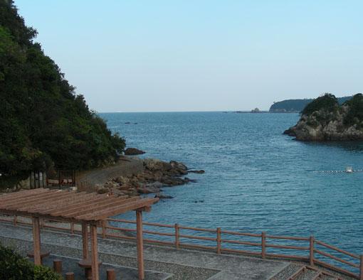 「鷲ノ巣崎遊歩道」の画像検索結果